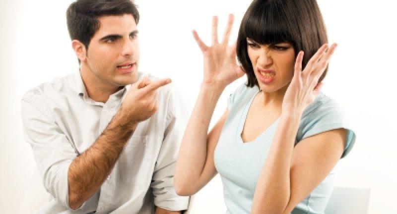 Evlilikleri Boşanmaya Götüren İletişim Hataları