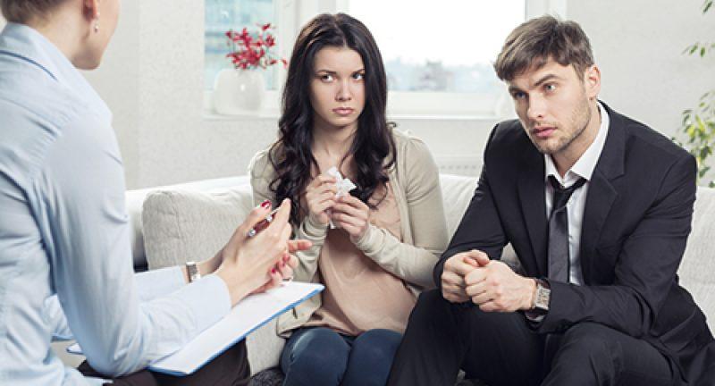 """Evliliğe """"Evet"""" Demeden Sormanız Gereken 10 Hayati Soru"""